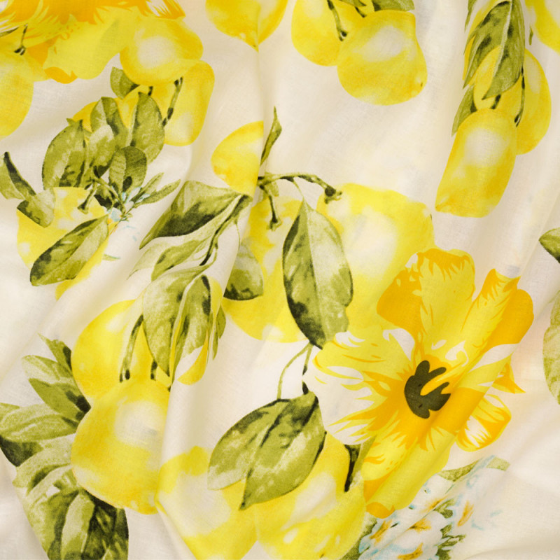 Tissu coton blanc à motif citrons fleuris jaune vert et blanc  - pretty mercerie - mercerie en ligne