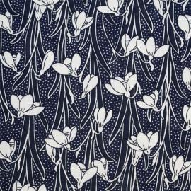 Tissu viscose bleu éclipse à motif jonquilles blanches - pretty mercerie - mercerie en ligne