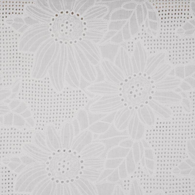 Tissu coton blanc brodés marguerites et ajourés - pretty mercerie - mercerie en ligne