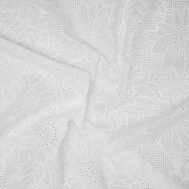 Tissu coton blanc brodés marguerites et ajourés x 10cm