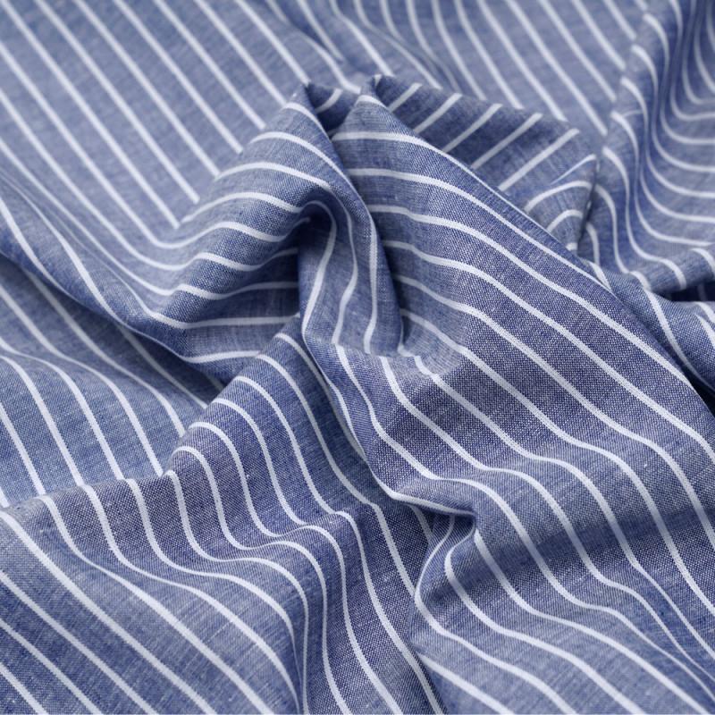 Tissu oxford coton et lin bleu foncé à rayures blanches - pretty mercerie - mercerie en ligne