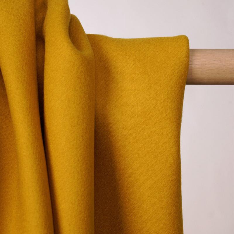 Tissu drap de laine moutarde sergé - pretty mercerie - mercerie en ligne