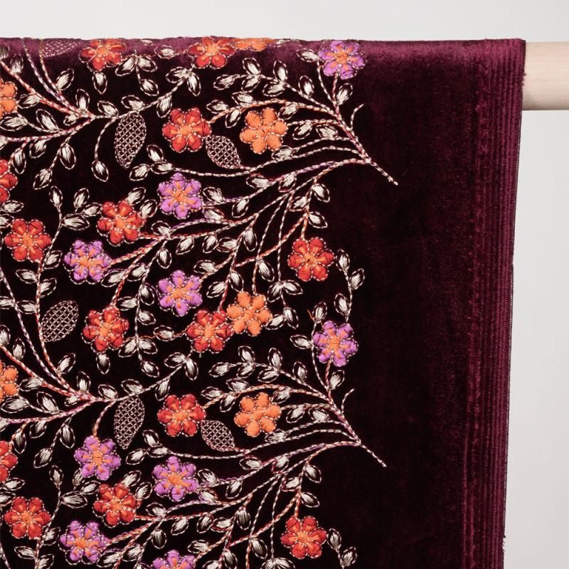 Tissu velours beaujolais à motif brodé fleuri et fil lurex or - pretty mercerie - mercerie en ligne