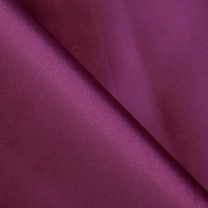Purple polyester lining of bayeux