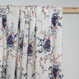Tissu viscose écru à motif fleuri vert bleu et orange  - pretty mercerie - mercerie en ligne