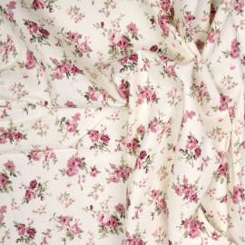 Tissu coton blanc cassé à motif bouquet de roses x 10cm