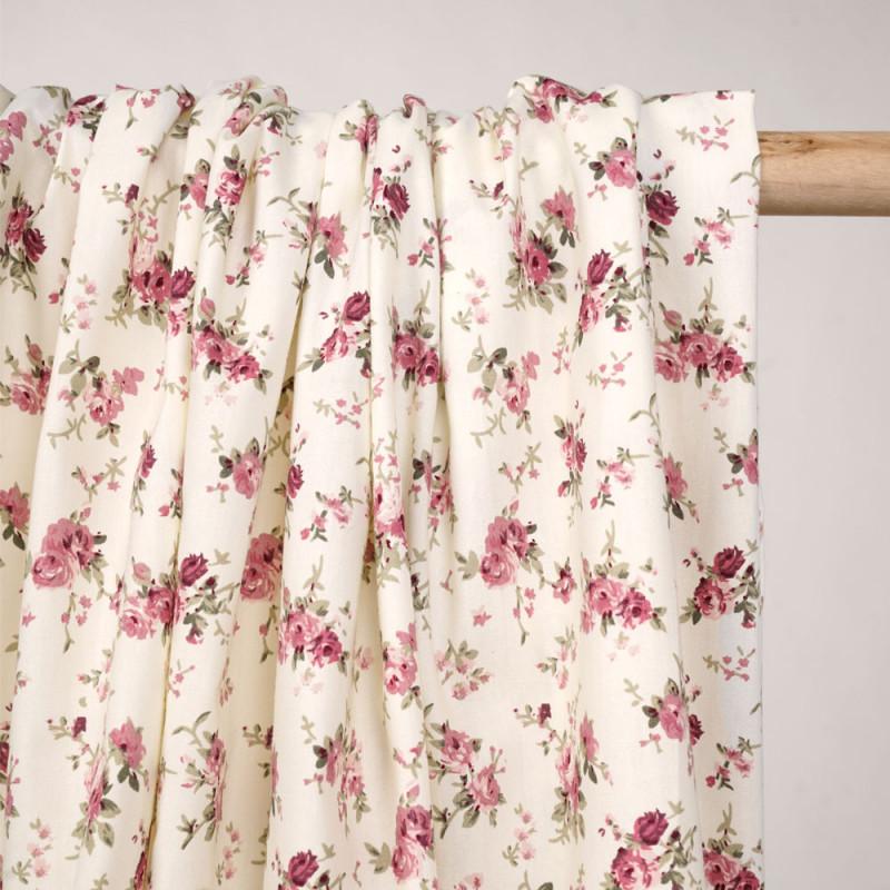 Tissu coton blanc cassé à motif bouquet de roses - Pretty mercerie - mercerie en ligne