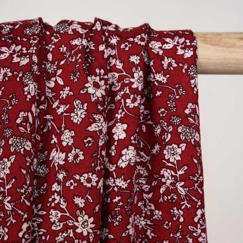 Tissu viscose tango red à motif fleuri écru et noir - pretty mercerie - mercerie en ligne