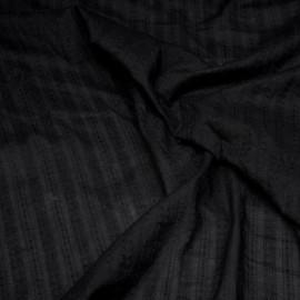 Tissu coton noir à motif rayures brodées x 10cm