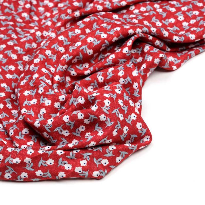 Tissu viscose tissé aurora red à motif fleuri blanc, bleu et vert sauge  - pretty mercerie - mercerie en ligne