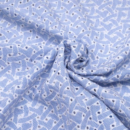 Tissu coton blanc rayé bleu et brodé blanc, ajouré à motif géométrique  x 10cm
