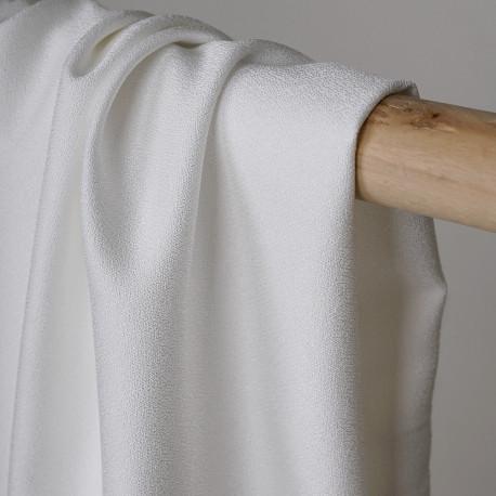 Tissu crêpe blanc cassé - Pretty mercerie - mercerie en ligne