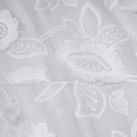 Tissu coton broderie anglaise blanc cassé motif fleurs et pétales à franges - pretty mercerie - mercerie en ligne