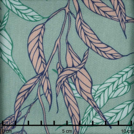 Tissu viscose créme de menthe à motif feuille tropical nude et vert pastel - Pretty Mercerie - mercerie en ligne