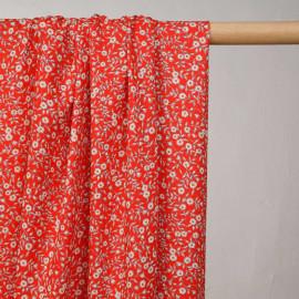 Tissu viscose rouge incandescent à motif petites fleurs blanches et bleu et marigold - pretty mercerie - mercerie en ligne