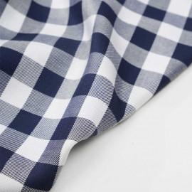 Tissu viscose sergé et tissé à motif vichy bleu marine et blanc - pretty mercerie - mercerie en ligne