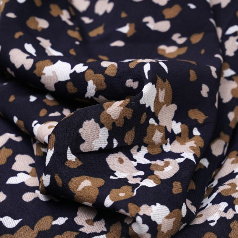 Tissu crêpe bleu marine à motif abstrait beige et rose pâle - pretty mercerie - mercerie en ligne