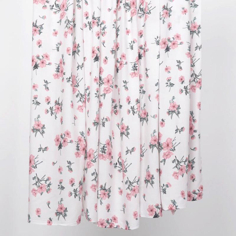 Tissu viscose blanche à motif fleuri rose et vert - pretty mercerie - mercerie en ligne