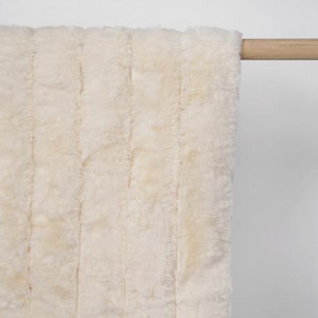 Tissu fausse fourrure blanc cassé à rayures verticales - pretty mercerie - mercerie en ligne