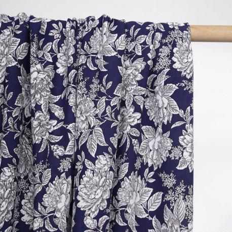 Tissu viscose bleu marine à motif grosses fleurs blanches - pretty mercerie - mercerie en ligne