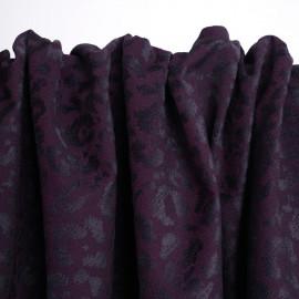 Tissu jacquard prune purple à motif léopard velours noir | pretty mercerie | mercerie en ligne