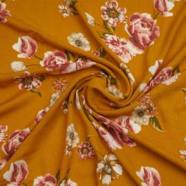 Tissu viscose sunflower à motif fleurs fraiches roses | Pretty Mercerie | Mercerie en ligne