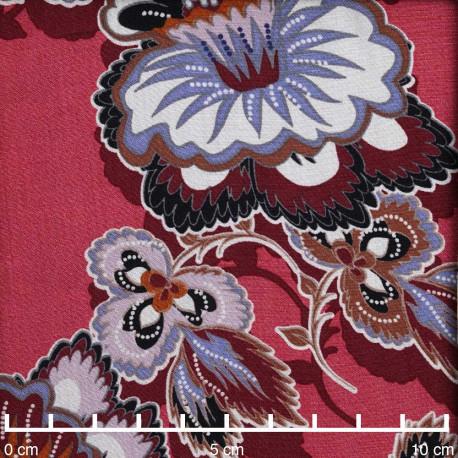 Tissu viscose rose corail à motif fleuri ethnique multicolore | Pretty Mercerie | mercerie en ligne