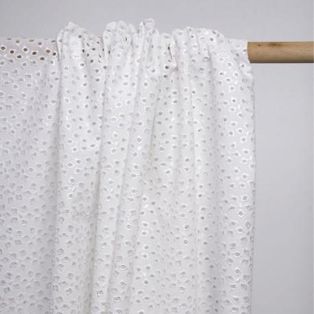 Tissu coton blanc brodé fleur ajourée et paillette argentée | Pretty Mercerie | mercerie en ligne