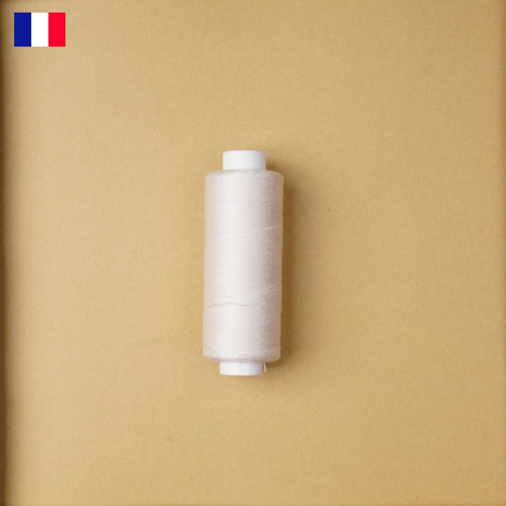 Fil à coudre blanc cassé ténacité 500 m | fabrication française | pretty Mercerie | Mercerie en ligne