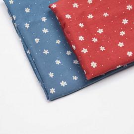 Tissu viscose parisian blue à motif petite marguerite et petit pois blanc  | Pretty Mercerie | Mercerie en ligne