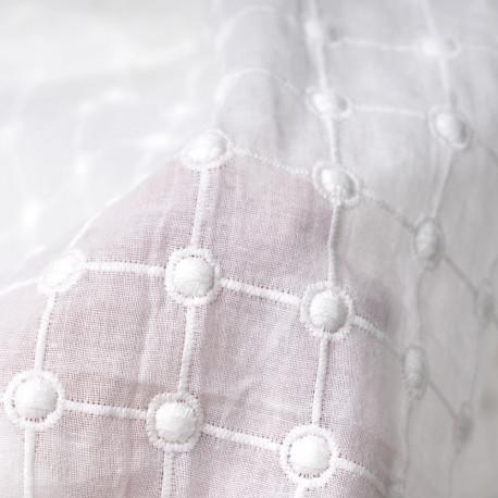 Tissu coton brodé à motif carreaux et pois Pretty Mercerie mercerie en ligne