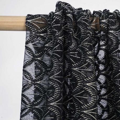 Tissu mousseline gatsby noir à motif éventail brodé or / Pretty Mercerie / mercerie en ligne