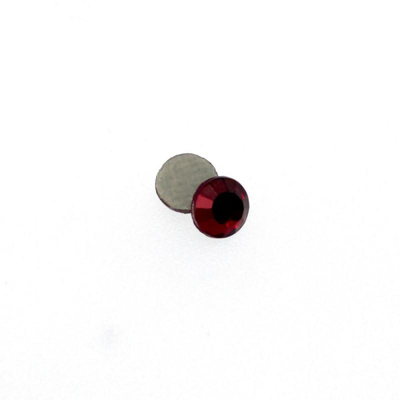 Strass rond lié de vin