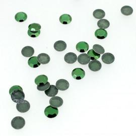 Clous à facettes vert émeraude