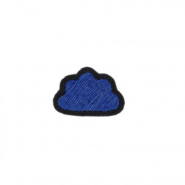 "Broches brodées "" In the Cloud """