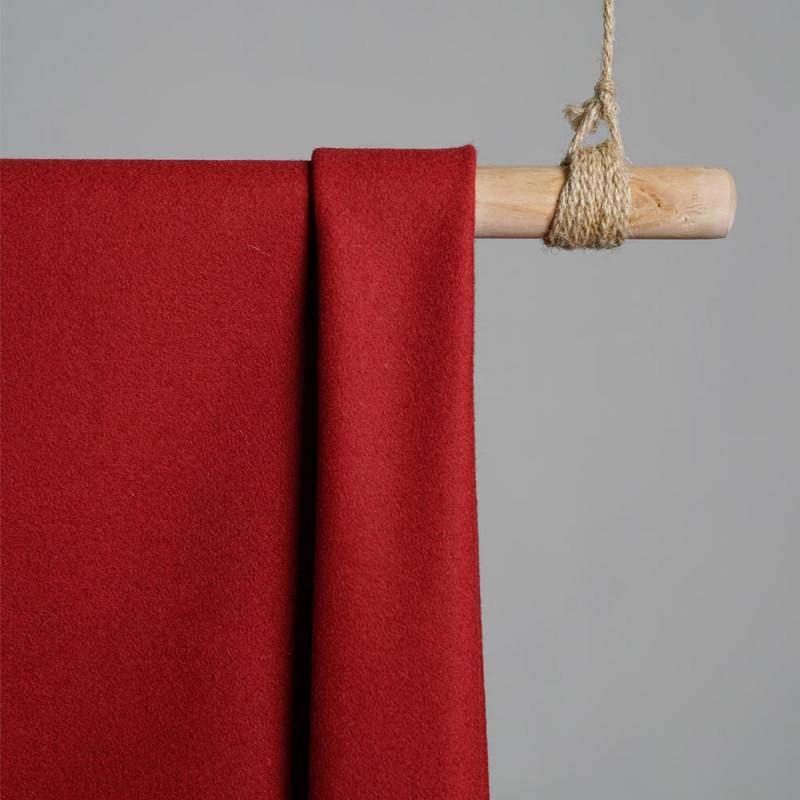 Drap de laine rouge brique x 10cm pretty mercerie - mercerie en ligne