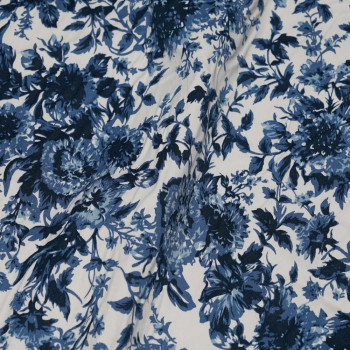 TISSU COTON IMPRIMÉ BLUE FLOWER X 10 CM - Pretty Mercerie - Mercerie en ligne