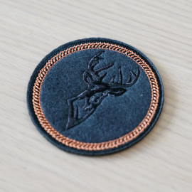 Badge brodé Tête de cerf - pretty mercerie - customization - mercerie en ligne - mercerie pas cher