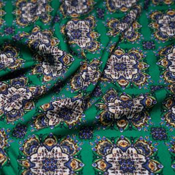 Tissu crêpe polyester imprimé ethnique x 10cm - Pretty Mercerie - Mercerie en ligne - Mercerie pas cher
