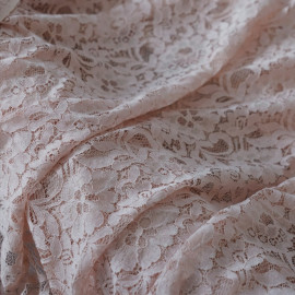 Tissu guipure jardin fleuri rose pâle x 10cm
