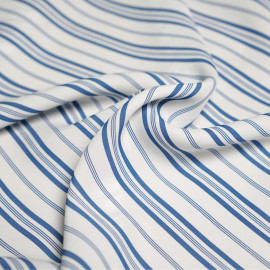 Tissu viscose sergé blanc motifs rayures bleu X 10 CM