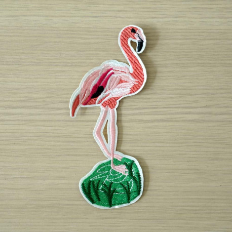 achat Badge brodé Flamant rose  - pretty mercerie - mercerie en ligne