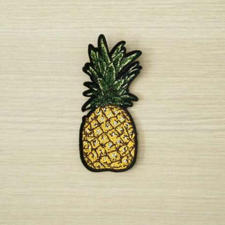 achat Badge brodé motif ananas  - pretty mercerie - mercerie en ligne
