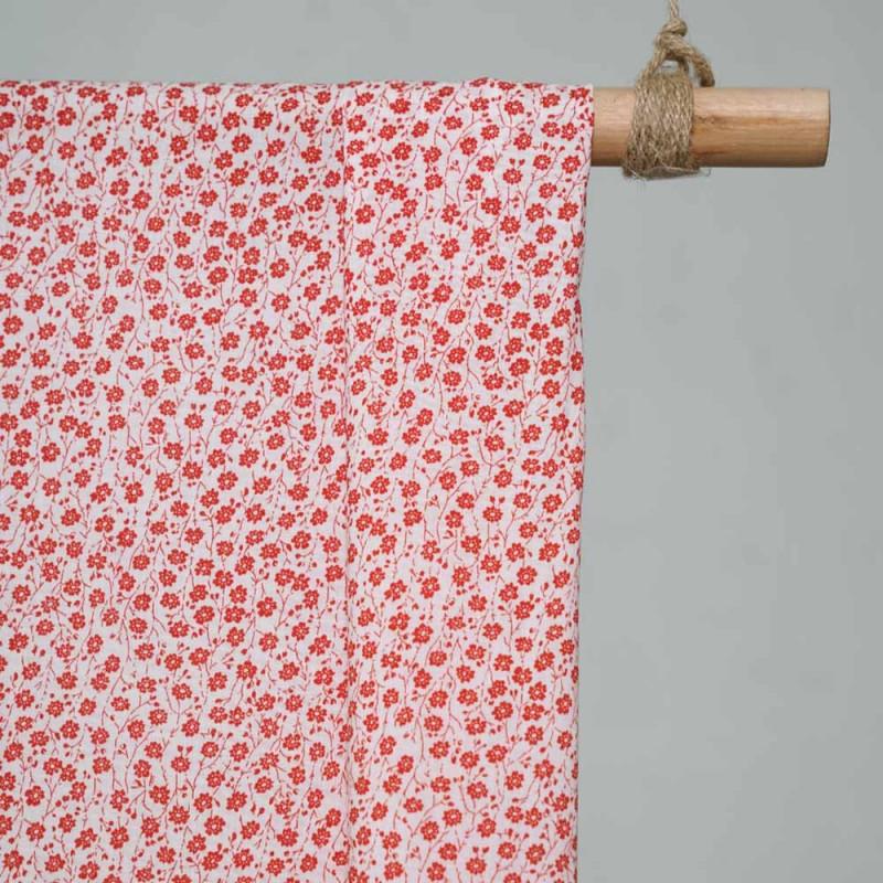 achat Tissu coton blanc imprimé fleurs des champs rouges , pretty mercerie  , mercerie en ligne