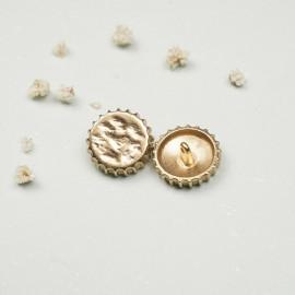Bouton métal capsule martelé or - mercerie en ligne - pretty mercerie