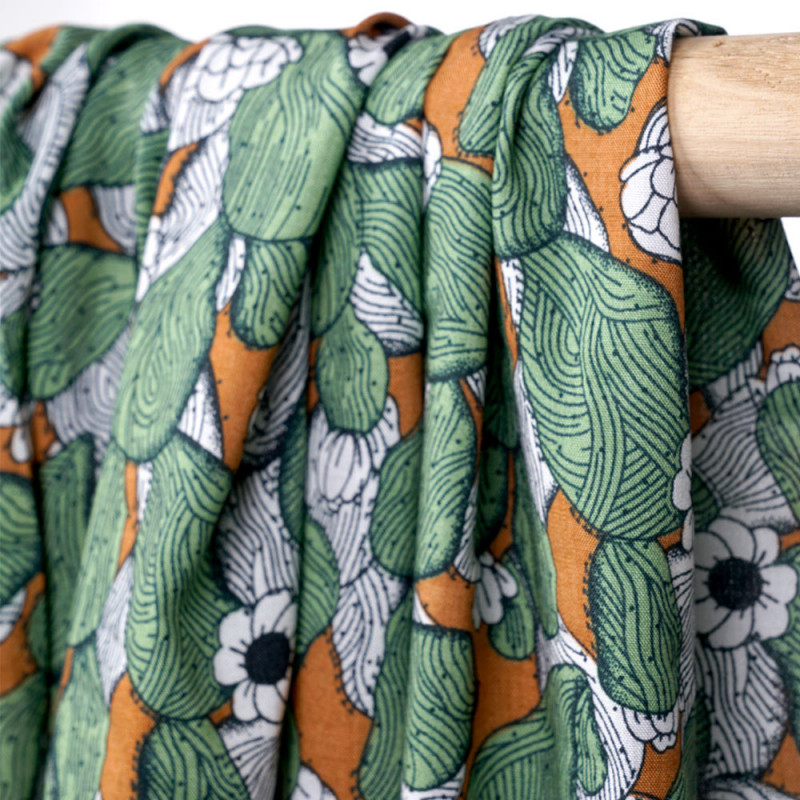 Tissu viscose noix de muscade à motif imprimé crazy cactus - pretty mercerie - mercerie en ligne