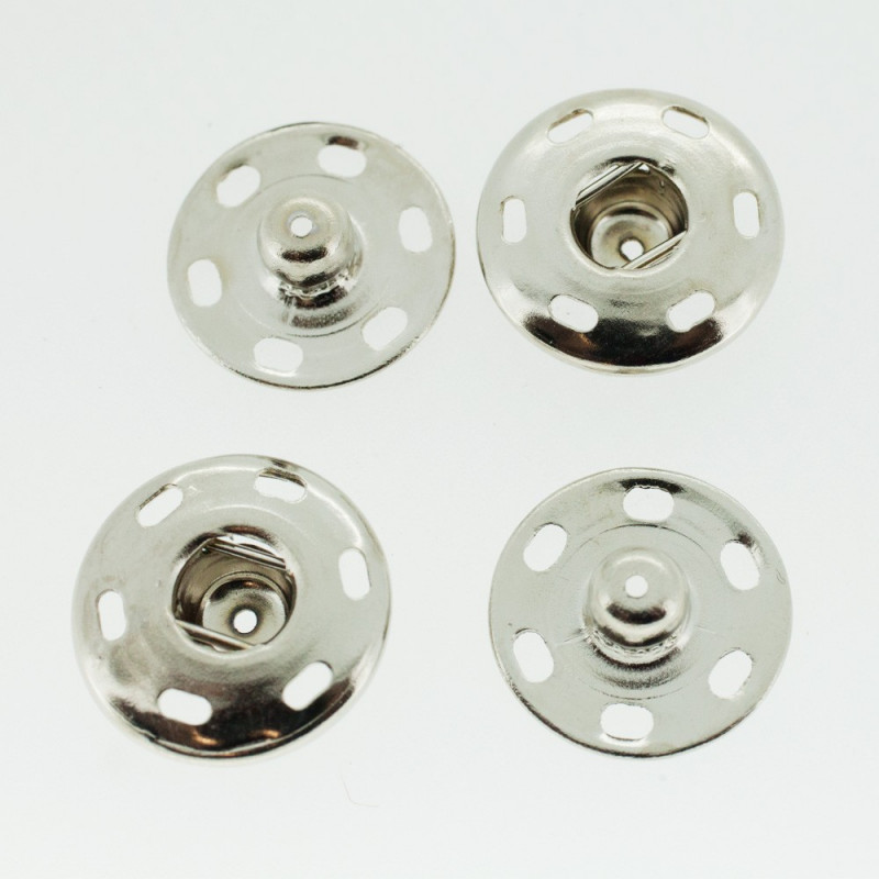 Boutons pressions nickelé 18 mm