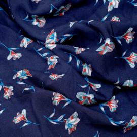 Tissu viscose bleu patriote à motif fleur bleu et rouge et blanche et verte - pretty mercerie - mercerie en ligne