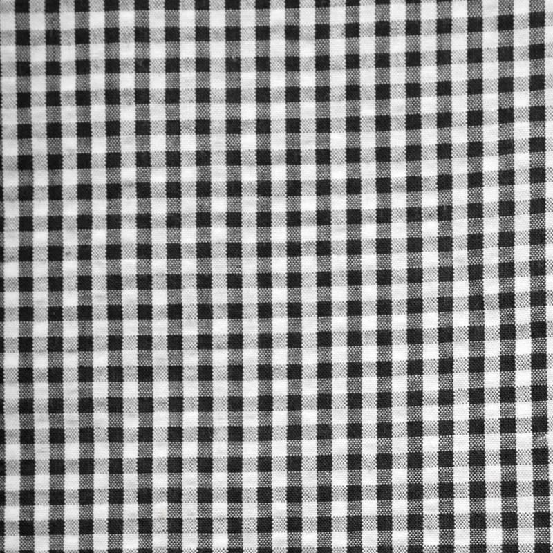 Black and white gingham seersucker cotton fabric - Pretty Mercerie - haberdashery online