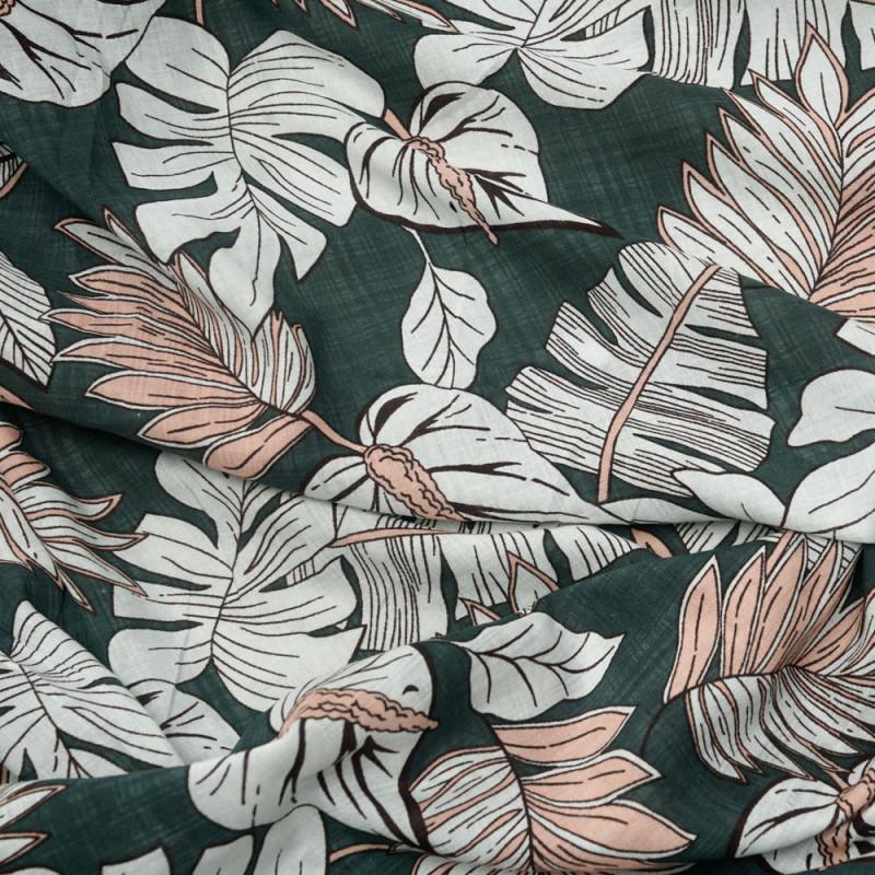 Tissu coton et viscose léger vert jungle motif feuillage blanc et rose - pretty mercerie - mercerie en ligne